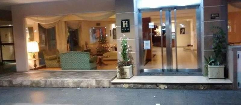 Hotel Etoile en Mar del Plata Buenos Aires Argentina